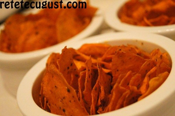 chips-uri din cartof dulce raw vegan