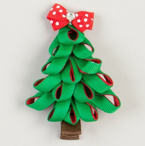 Green And Red Loop X-Mas Tree. Great gift bow idea for package.