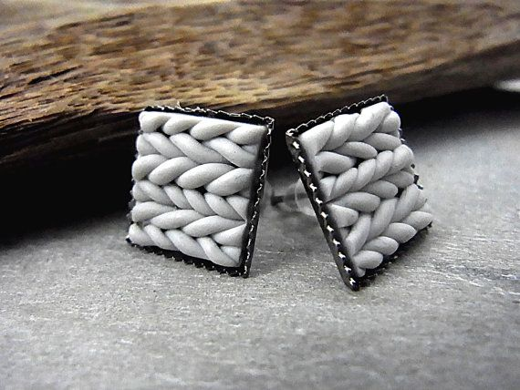 Small square knitted earring studs. Light grey knitted polymer clay stud earrings in square graphit settings.
