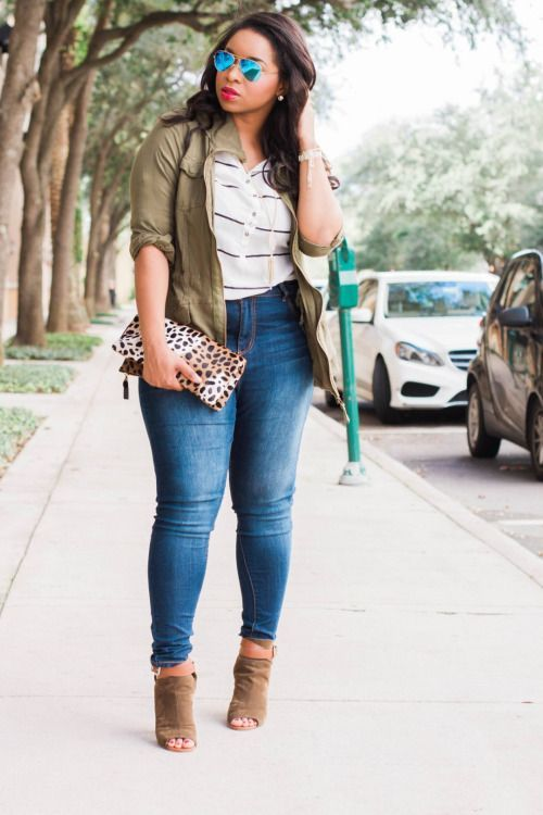 Get sassy with a bold red lip and a leopard print clutch.