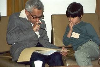 Paul Erdös y Terence Tao juntos en una foto @ gaussianos.com