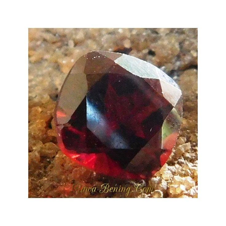 Batu Permata Garnet Merah Pyrope Asli, bentuk Kotak 1.71 Carat