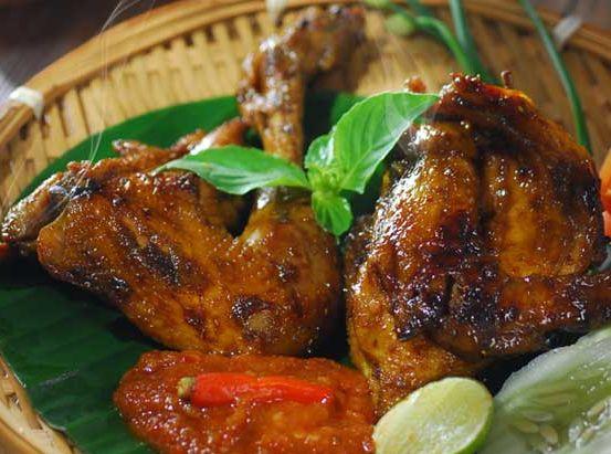 Resep Ayam Bakar Kecap Kental Manis Resep Ayam Bakar Kecap adalah olahan makanan yang bisa