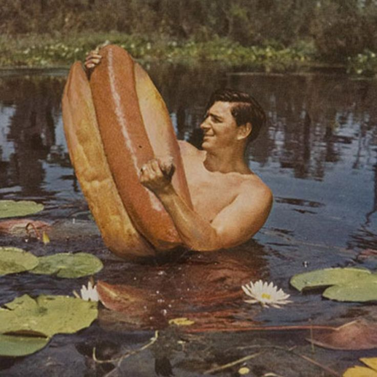 """Hot Dog Wrestling in Florida"" by muralist Gordon Carlisle (2007)."