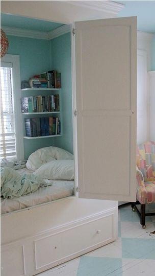 bed in a closet: Childhood Bedrooms, Bedrooms Houses, Closet Bedrooms, Reading Nooks, Bedrooms In The Closet, Closet Beds, Bedrooms Decor, Bedrooms In Closet, Bedrooms Ideas