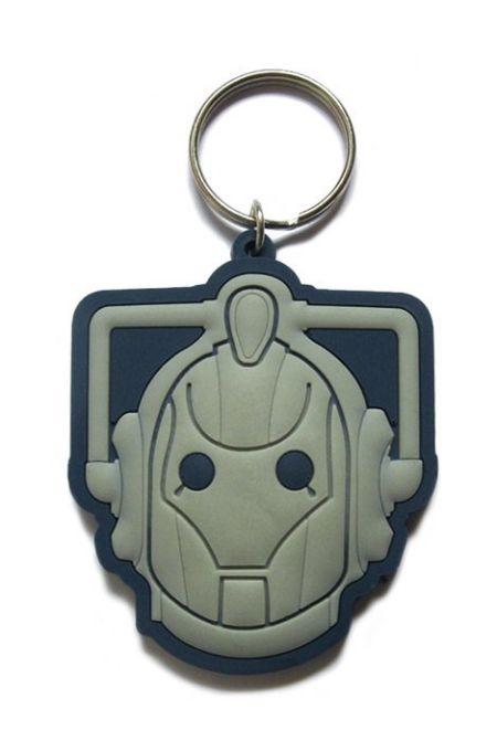 Grymt cool Doctor Who nyckelring med cyberman-motiv. Nätets coolaste samlarprylar hos Scifishop