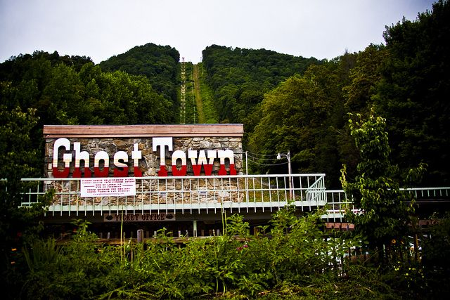 You+Have+To+See+These+15+Bizarre+Roadside+Attractions+In+North+Carolina