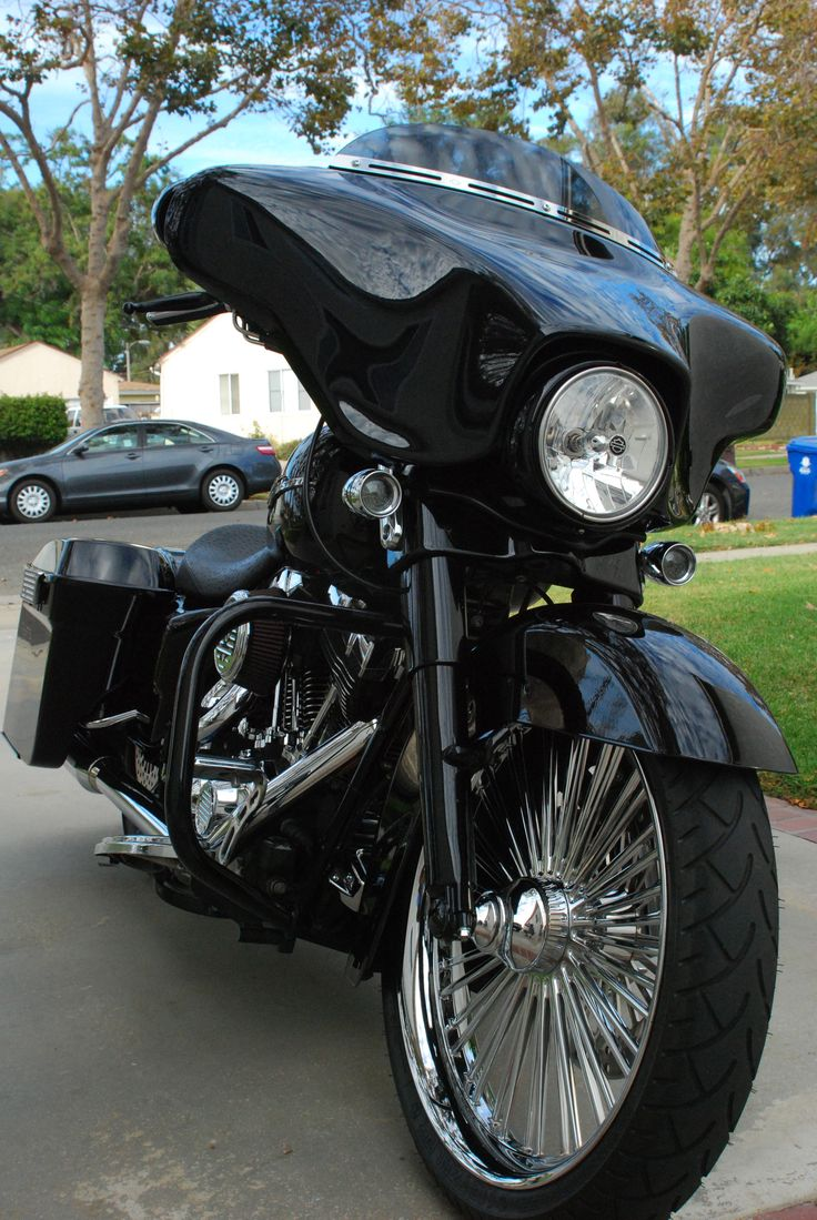 HD Streetglide: One Filthy Bagger