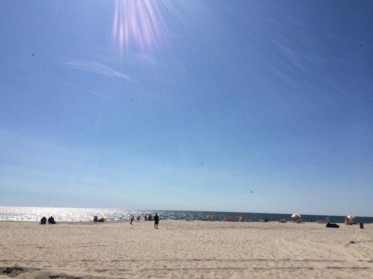 Cape May on a Saturday. #CapeMay #Saturday #sun #bluesky #beach #ocean #sea #latergram #weekend #travel #travelgram #instatravel