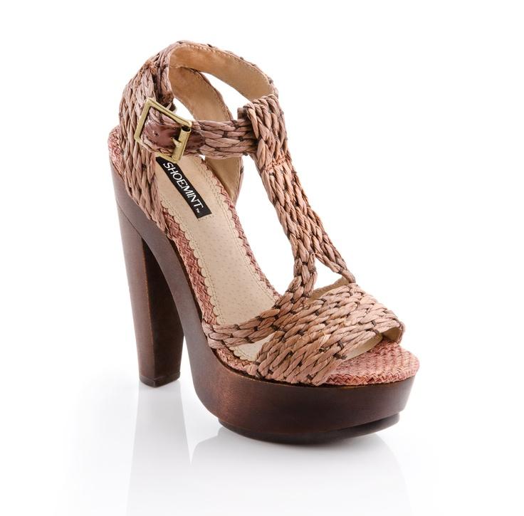 t-strap platform: Summer Sandals, Fashion Shoes, Summer Shoes, Safari Chic, Summer Heels, Platform Shoes, High Heels, Girls Shoes, Platform Sandals
