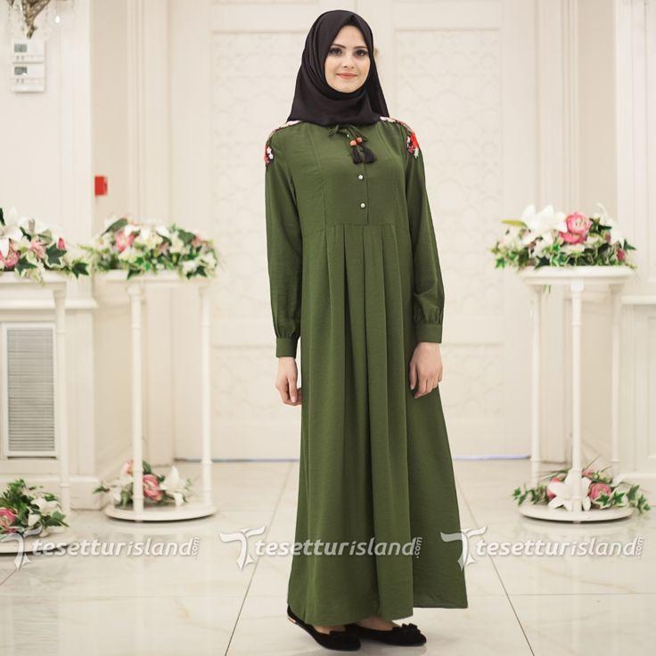 Hewes Line - Omuzları Nakışlı Yeşil Tesettür Elbise 561Y
