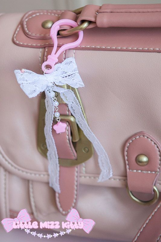 Lacey Bow Keychain Bagcharm by LittleMizzKitty on Etsy, £2.50