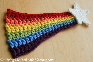 Rainbow Shooting Star  LivingTheCraftLife free pattern