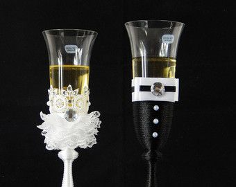 Wedding Champagne Flutes Black & White Wedding by LaivaArt on Etsy