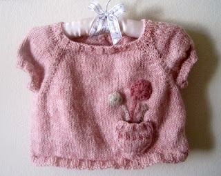 nat & callie knits.: darling free pattern of cute easy knit one skein smock with precious embellishments --heart pocket etc..