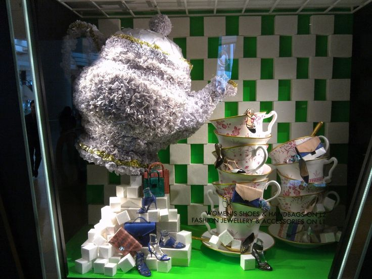 48 Best Christmas Retail Display Images On Pinterest