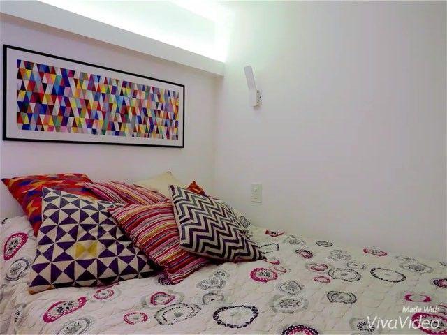 Solução para loft em Botafogo. Não tínhamos espaço para armários, então tivemos a idéia de elevar a cama do casal e usar o espaço embaixo da melhor forma possível. E não é que coube tudo?! ✔️ #loft #smallspaces #loftstyle #marcenaria #obra #reforma #interiors #interiordesign #design #decor #instahome #instadecor #homedecor #bed #archi #archilovers #loveit #botafogo #rj