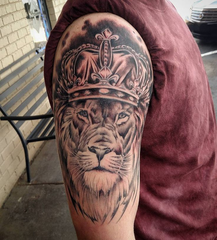 The 25 best crown tattoo men ideas on pinterest crown for Best crown tattoos