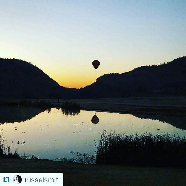 Good morning from the #picturesque #kloofzichtlodge #hotairballooning #atguvon #goodmorning #sunrise What an awesome picture @russelsmit