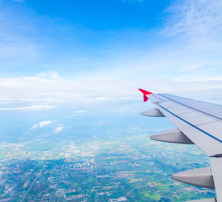 Bepergian dengan pesawat terbang tampaknya menjadi opsi travel yang digemari. Pilihan rute yang beragam, jarak tempuh yang sekian kali lebih cepat dibanding travel darat, dan kenyamanan yang ditawarkan seperti ekonomi, bisnis, dan kelas 1. Namun meski pun ada banyak kenyamanan yang ditawarkan tetap saja ada satu hal yang tidak bisa lepas dari efek samping yang ditimbulkan. Apa pun jenis penerbangan yang Anda beli, nyatanya ketidaknyamanan pada pendengaran tetap jadi masalah yang tak bisa…