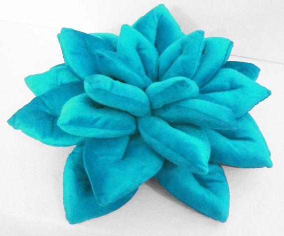Cuscino decorativo blu fiore velluto cuscino-fiore di di Tatvakala