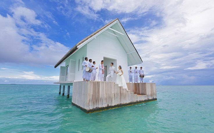 Four Seasons Na Malediwach Otwiera Nowy Pawilon Ślubny Unoszący Się Na Wodzie!