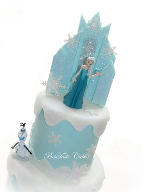 Frozen castle cake topper.