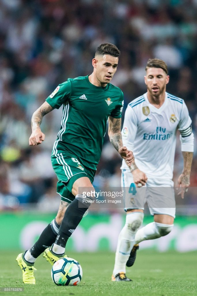 Arnaldo Antonio Sanabria Ayala of Real Betis in action during the La Liga 2017-18 match between Real Madrid and Real Betis at Estadio Santiago Bernabeu on 20 September 2017 in Madrid, Spain.