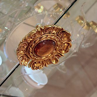 Leonardo Collection Dining Room, Display Cabinet Handle www.arredoclassic.com/dining-room/display-cabinets-leonardo