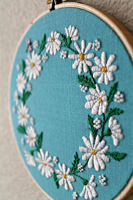 73 best Embroidery images on Pinterest | Stickmuster, Stickstiche ...