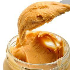 Receita de Pasta de Amendoim - 1/2 kg de amendoim sem casca e sem pele torrado, 1 xícara de chá de açúcar, 1 colher (sopa) de mel, Óleo de amendoim ou veget...