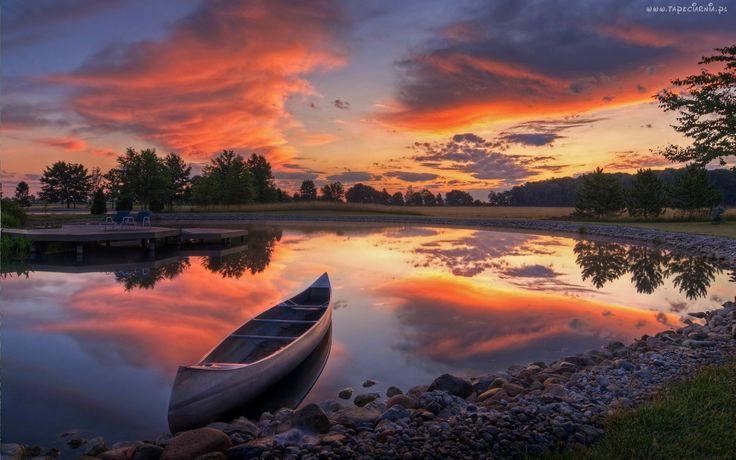 Łódka, Jeziorko, Drzewa, Zachód, Słońca, Chmury