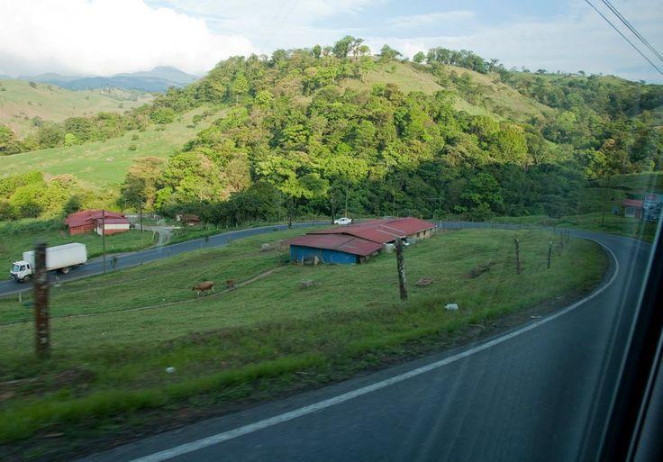 http://www.vacationcostarica.us/costa-rica-rentals-location/alajuela-province-rentals/san-ramon-rentals/