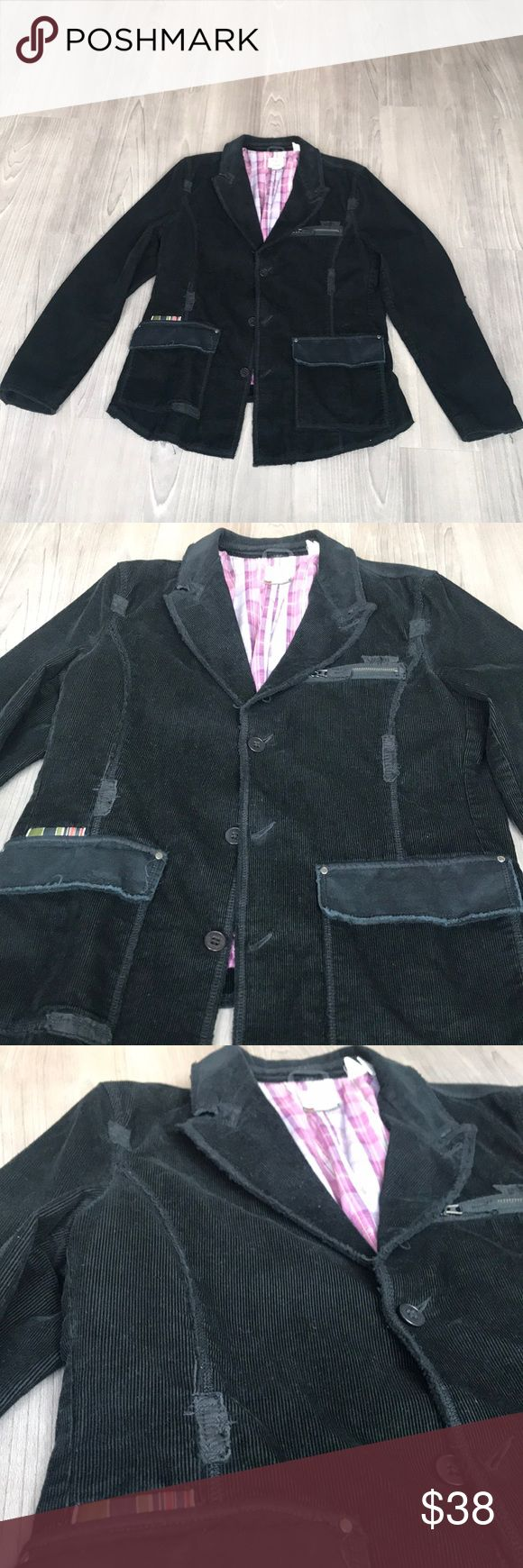 TRIPLE FIVE SOUL | BLAZER Outer shell in great condition  Only Flaw: Inside left pocket is torn. Simple fix at your local dry-cleaner or seamstress/tailor. Triple Five Soul Suits & Blazers Sport Coats & Blazers