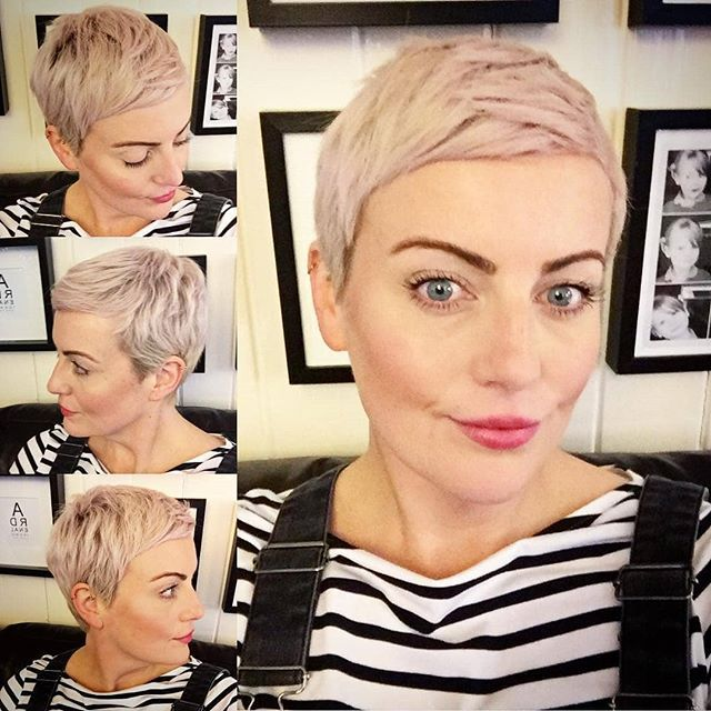 Get excited about the summer too! Take a happy short blonde coupe this spring! - Hairstyles for her