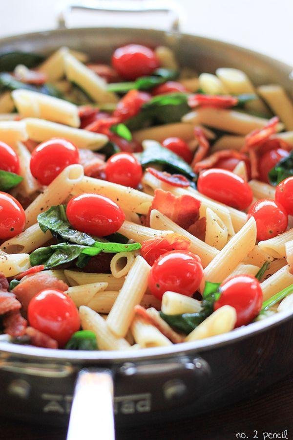 Easy BLT Pasta - Quick Dinner Idea!
