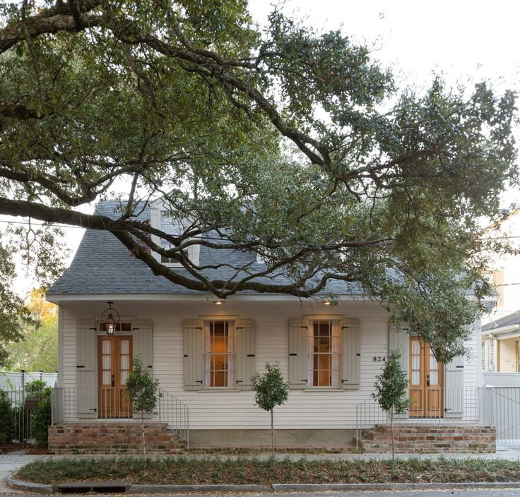 Best 25 creole cottage ideas on pinterest new orleans for Creole cottage house plans