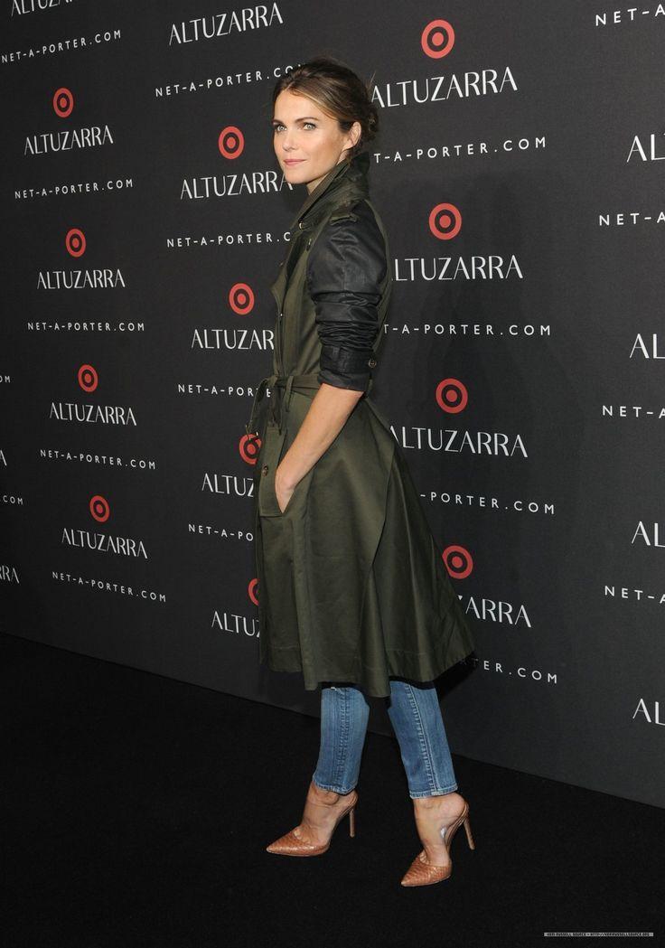 Keri Russell. Forrest green jacket, blue jeans and brown heels.  #streetwear #fashion #films #actress #headcase  -Headcase