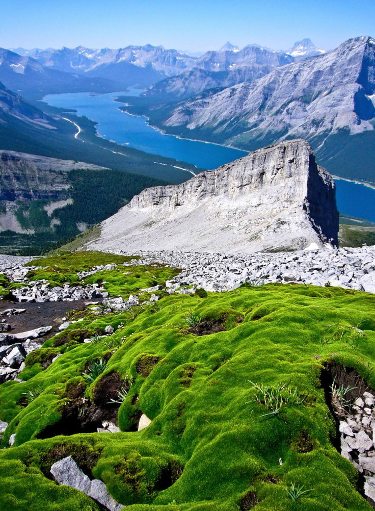 Scramble up Mt. Sparrowhawk with breathtaking views of Spray Lakes and surrounding mountains. #scramble #mountians #kananaskis #canmore...