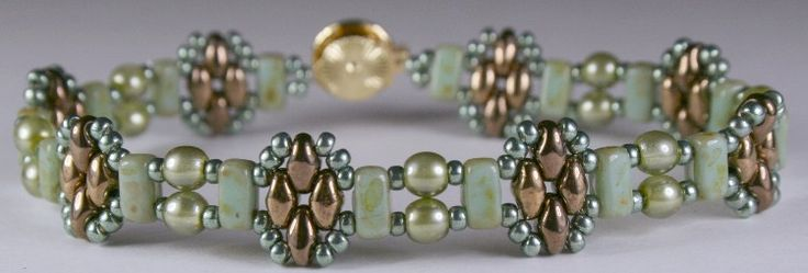 Deb Robert's FREE Stackers bracelet pattern done in pale turquoise and bronze.