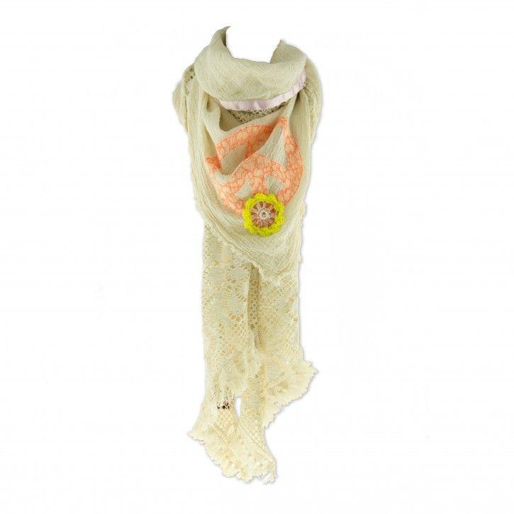 Yippie Hippie   Sjaal   Ivy *** Deze handgemaakte sjaal van Yippie Hippie is uitermate geschikt om multifunctioneel te gebruiken! Als sjaal, omslagdoek of pareo. De verschillende stoffen die zijn gebruikt zijn echt typerend voor de Yippie Hippie sjaals. Materiaal: 100% katoen. Wasadvies: Handwas Maat: 230x150 (BxH)