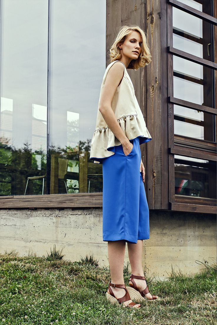 Mean Top- Cobalt Culottes photo: Liziczai Reka