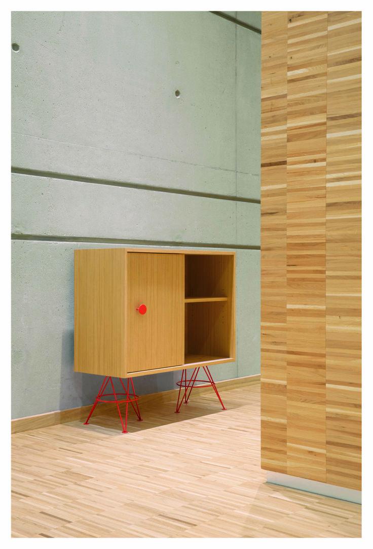 buffet haut spoutnik el ment plaqu en ch ne clair fonc tag res plaqu es en ch ne clair fonc. Black Bedroom Furniture Sets. Home Design Ideas