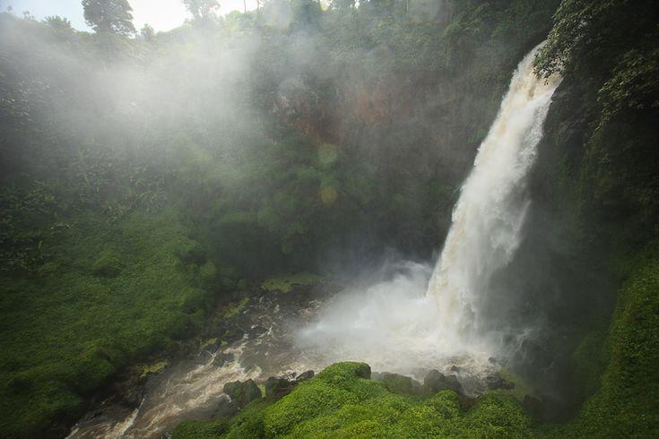 Air Terjun Telun Berasap Pemandangan Mempesona di Jambi - Jambi
