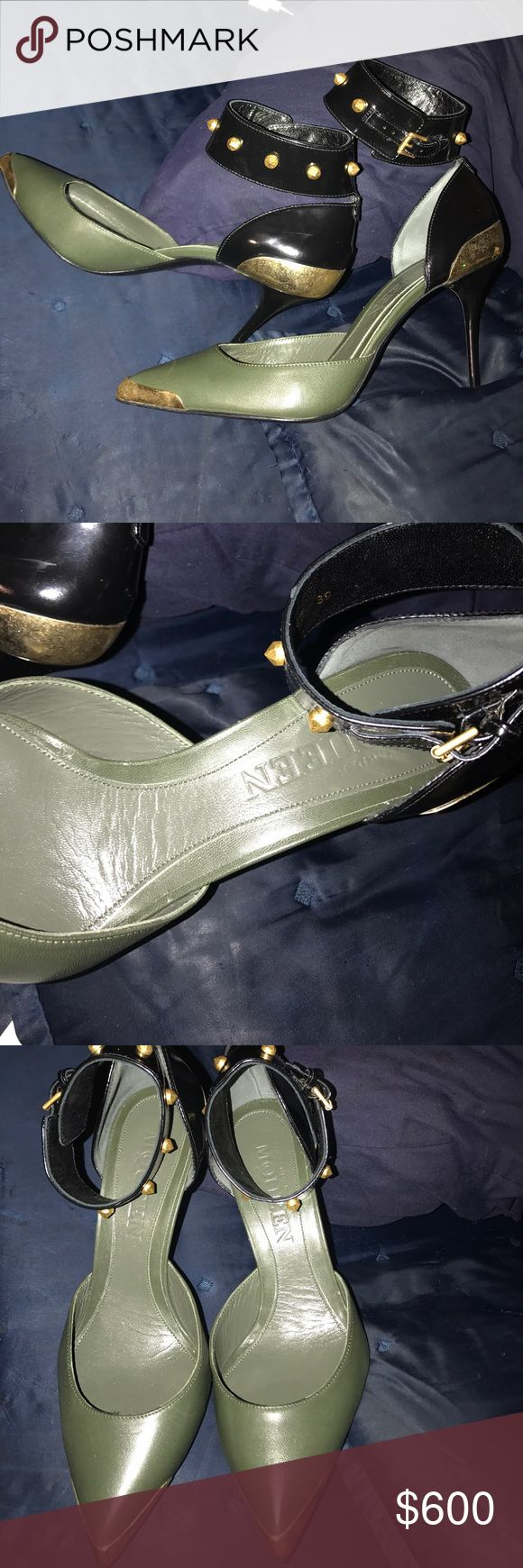Alexander Mcqueen heels 🔥🔥sale 🔥🔥 worn only once (no dirt) 500 OBOonly no box or dust bags.... willing to trade... Alexander McQueen Shoes Heels