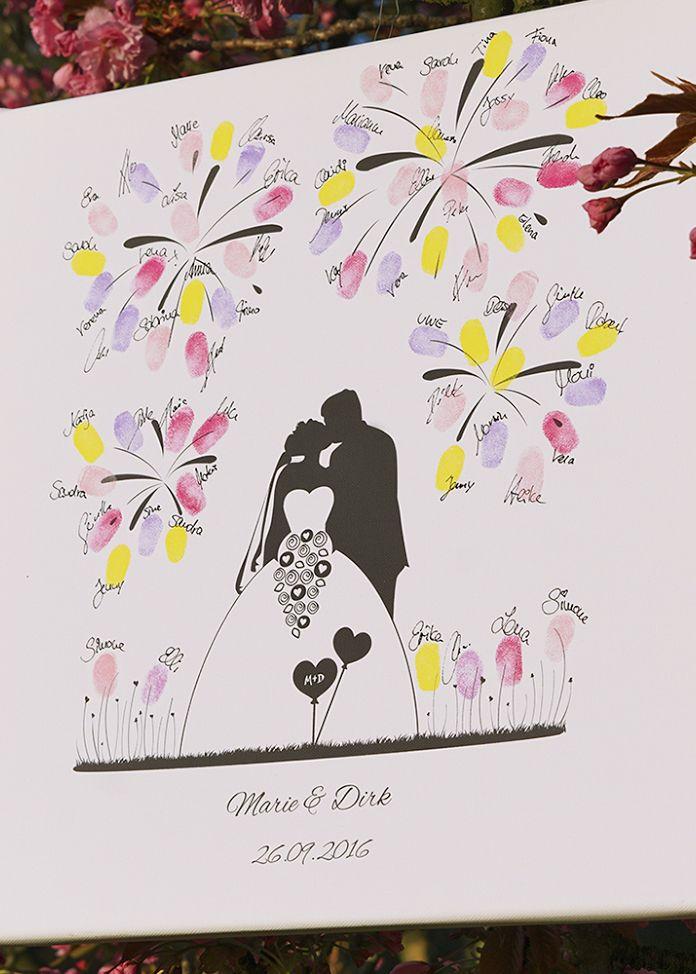 Super Idee für Hochzeitspaare! Auf den Bildern von Wedding Tree könne die Gäste ihre Fingerabdrücke und Unterschriften verewigen.