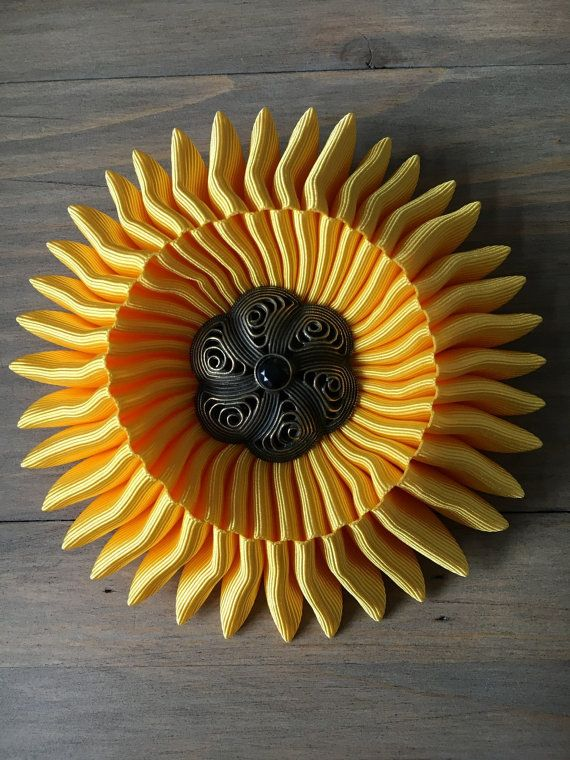 Unique Charybdis brooch  Yellow  with unique by RafaPeinador