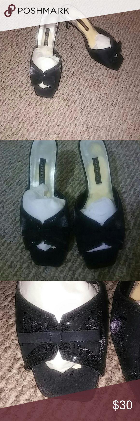 💥SALE💥 🌼Sexy black heels like new🌼 🎉💥FINAL CUT💥🎉 Sexy black heels by Caparros Gently worn Caparros Shoes Heels