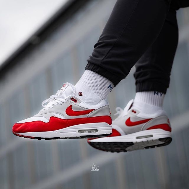 super popular 805cb 4004d Nike Air Max 1 OG Red   Style inspo in 2019   Sneakers nike, Sneakers, Nike