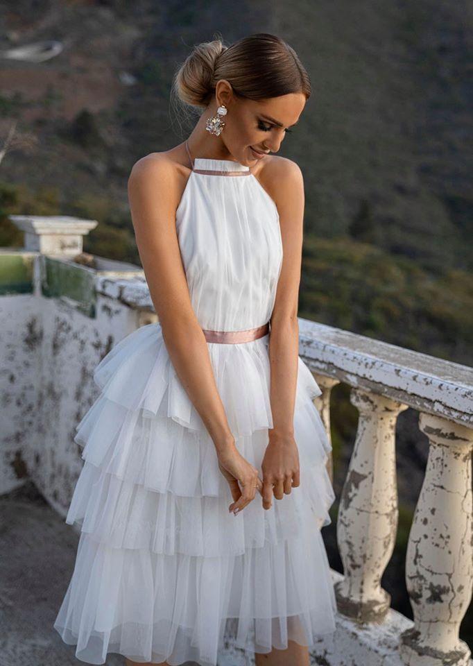 80 Poliester 20 Wiskoza Polgolf Wiazana Na Szyi Odkryte Plecy Poczworna Tiulowa Falbana Dlugosc Midi Do Elegant Outfit Gowns Flower Girl Dresses